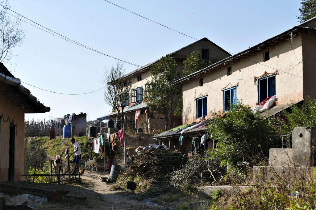 Kathmandu vallei trekking – de wandelpaden lopen door kleine typische Nepalese dorpjes