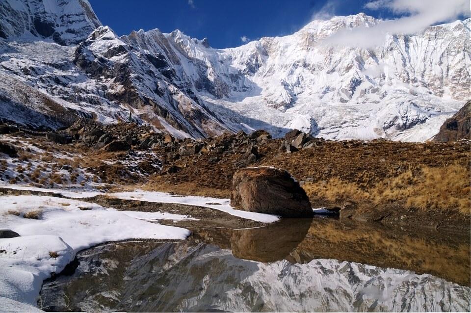 Annapurna Sanctuary trek – prachtig besneeuw landschap in de Himalayas