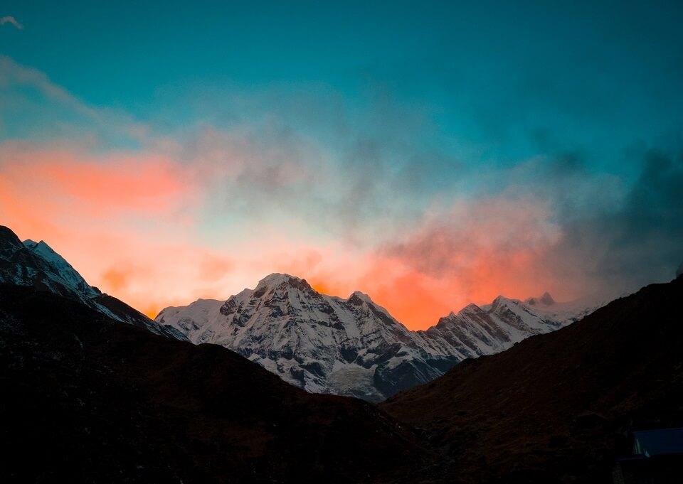 Annapurna Sanctuary trek – zonsondergang bij de Himalayas