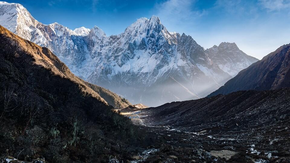 Manaslu met Tsum vallei trek – de toppen van de Himalayas tijdens de Manaslu trekking